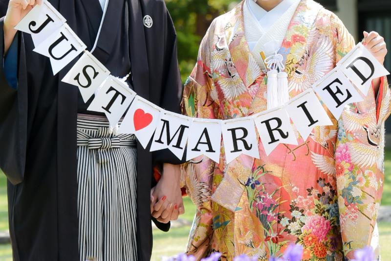 エキサイト婚活で結婚した幸せな新郎新婦