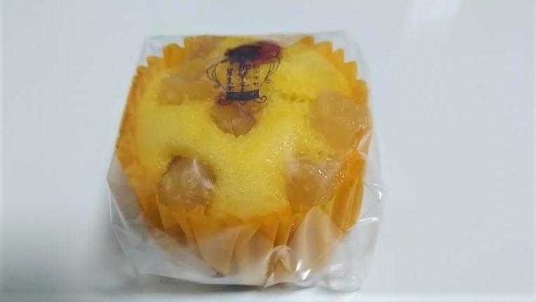柏屋の「ごろっとお芋の蒸しケーキ」