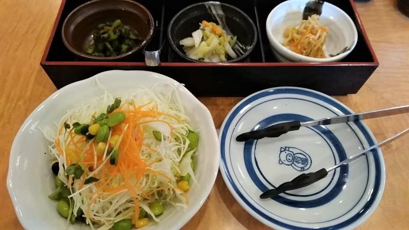 選べるミックスランチのサラダと前菜