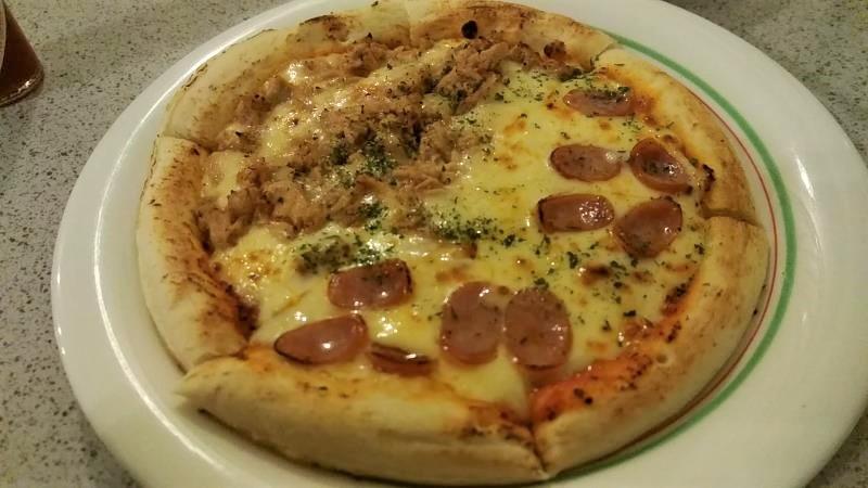 ミオパスタのハーフ&ハーフピザ