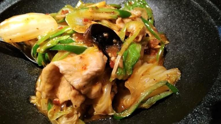 豚肉と季節野菜の炒め物