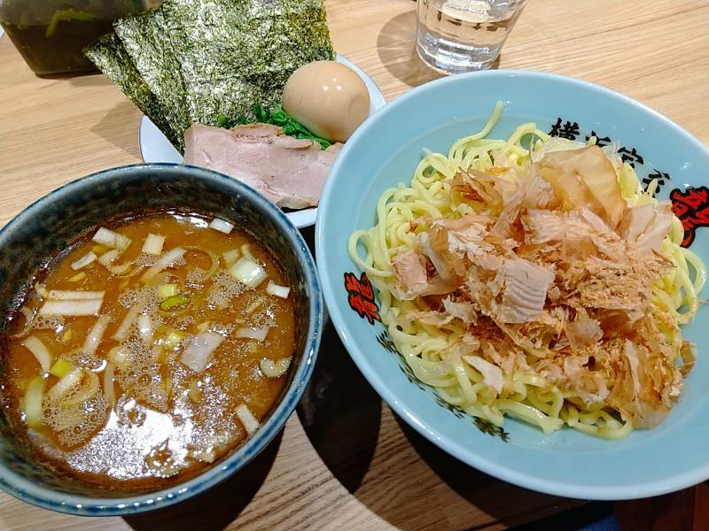 横浜家系 龍 つけ麺(中)