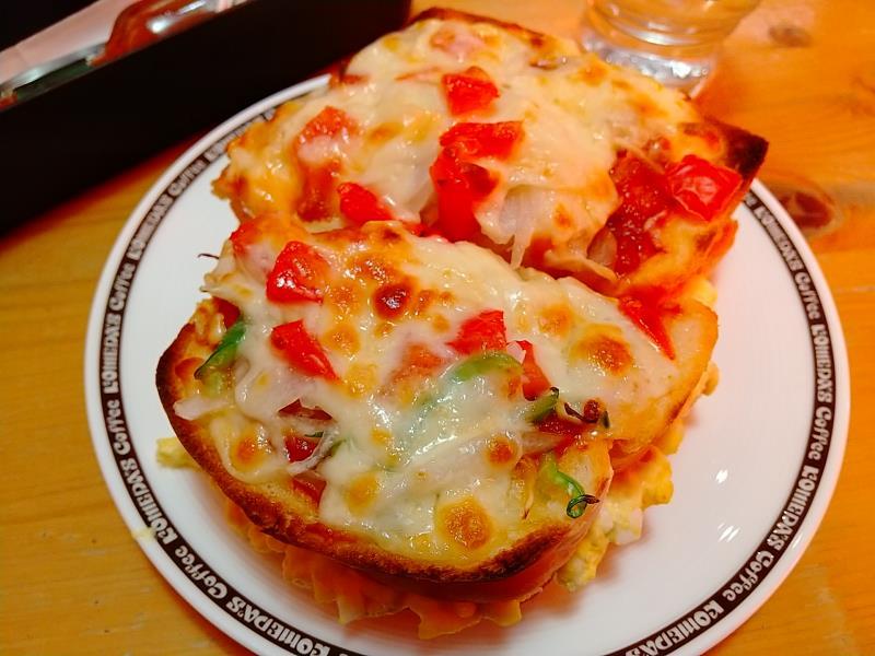 コメダ珈琲店の「たっぷり玉子のピザトースト」