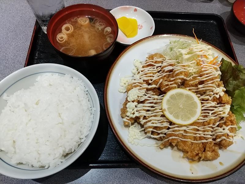 五百川食堂のチキン南蛮定食